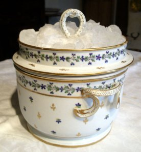 English ice cream pail, Derby 1790