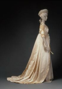 Reproduction wedding dress in two parts, from 1799 model