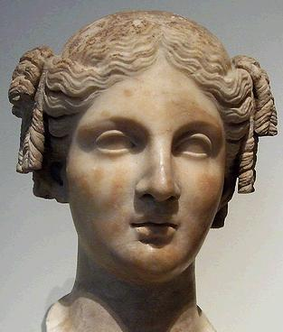 marble head of a woman roman copy of greek statue