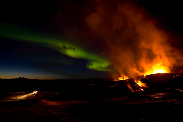 iceland volcano lightning wallpaper. iceland volcano 2010 facts.