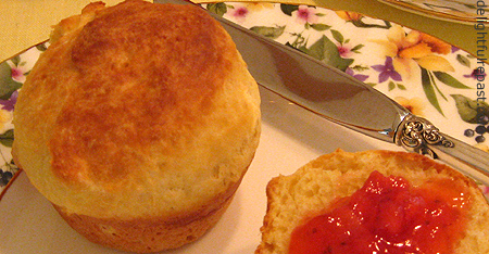 Sally Lunn Buns Recipe: Food and Drink from Jane Austen's ...
