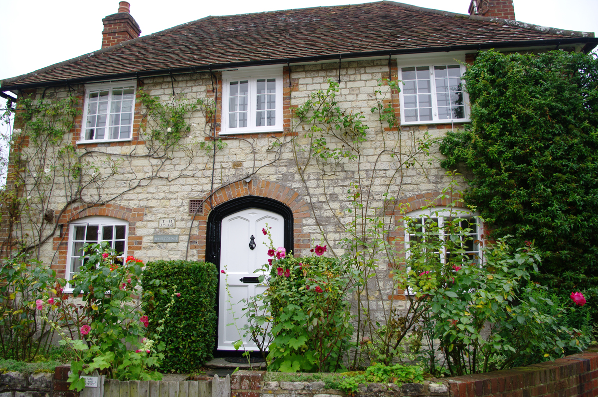 Barton cottage jane austen 39 s world for What is a cottage
