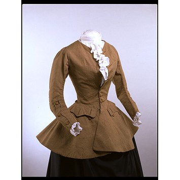 Women's riding Coat, 1750-59. Image V&A museum