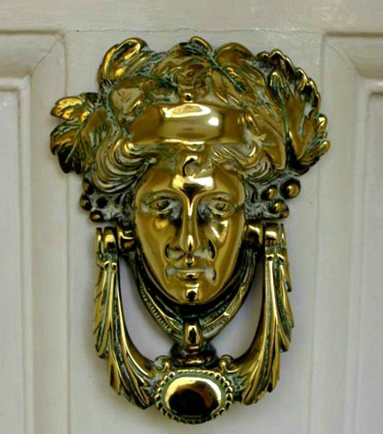 another form of door knocker