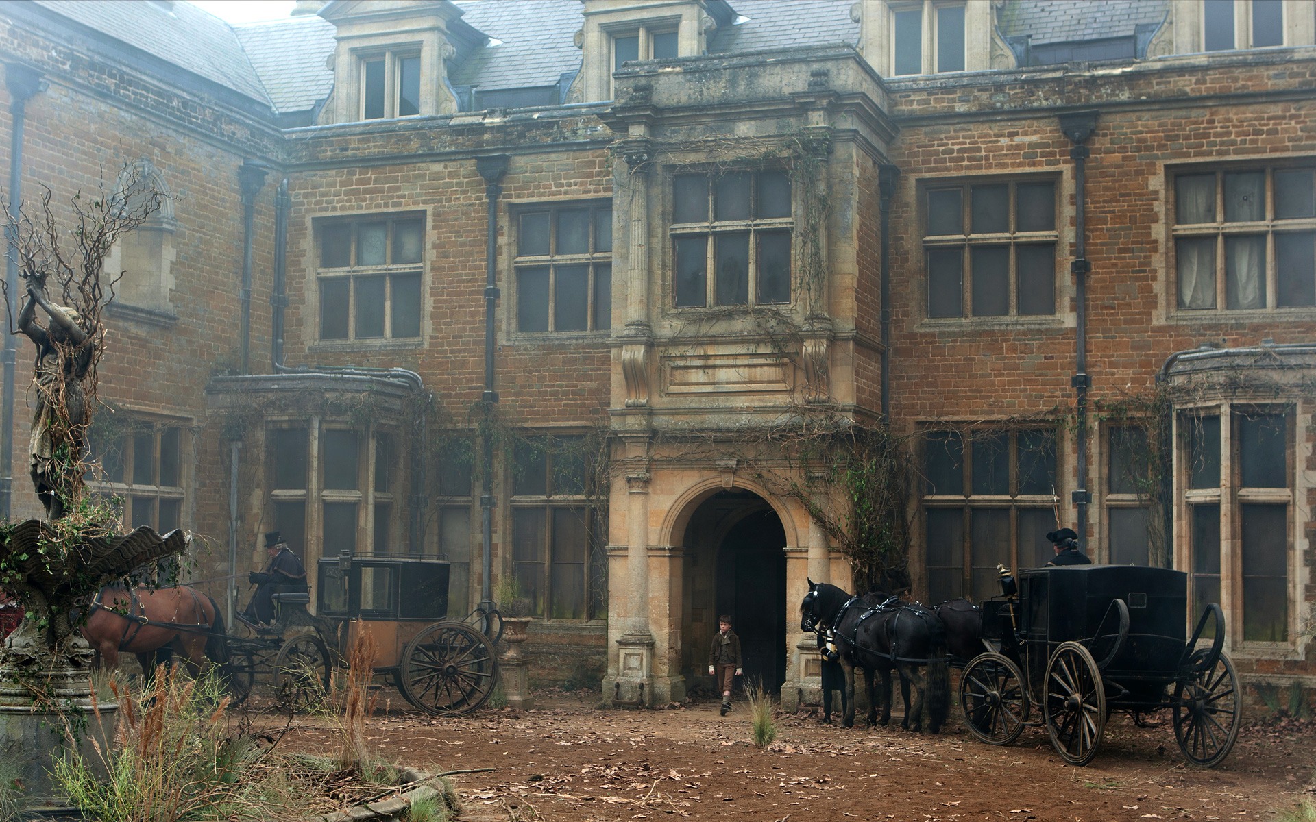 Great Expectations 2011: Gillian Anderson's Miss Havisham ...