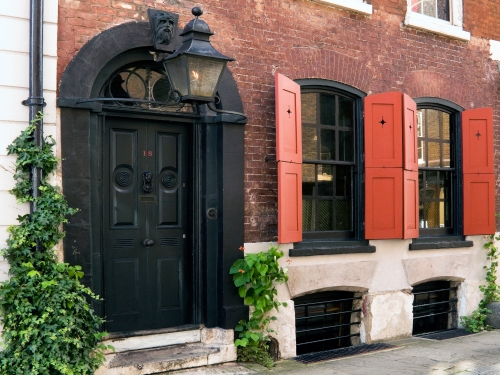 Dennis Severs house, a Georgian merchant's house. Image @photographsRoelof Bakker, www.rbakker.com