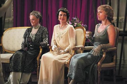 Ladies of the night... Maggie Smith, Elizabeth McGovern and Lily James