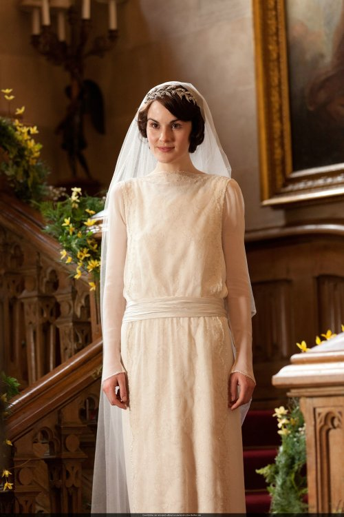 Mary-and-Matthew-Crawley-Wedding-downton-abbey-32428299-2000-3000