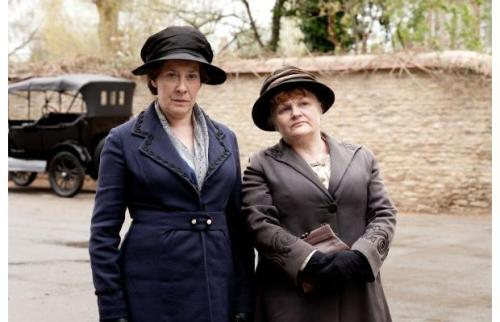 Phyliis Logan as Mrs. Hughes and Lesley Nicol as Mrs. Patmore