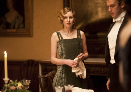 Season-3-downton-abbey-32083595-3852-2720