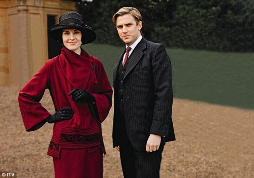 Season-3-downton-abbey-32104297-634-446