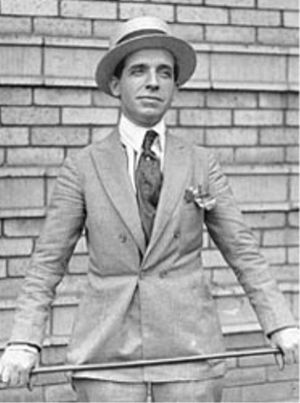 Ponzi circa 1920 (Photo credit: Wikipedia)