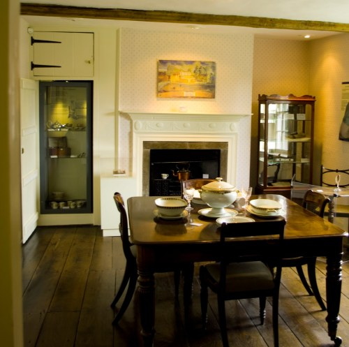 The dining parlour, which looks out on the street and where Jane wrote her novels. Chawton Cottage Image@Tony Grant
