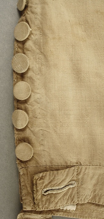 Detail of buttons at the knee. Breeches image @Met Museum