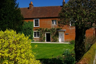 Entrance to Chawton Cottage, image by Tony Grant