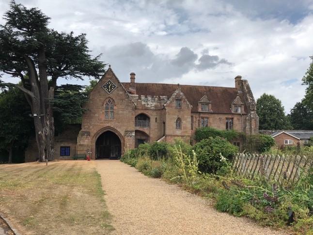 8 Stoneleigh Abbey-Gatehouse