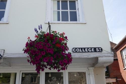 6_P1040146_college_street[1]