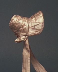 Detail of leghorn bonnet, Mccord Museum, about 1810