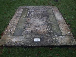 Photo of The grave of James and Mary Austen at Steventon